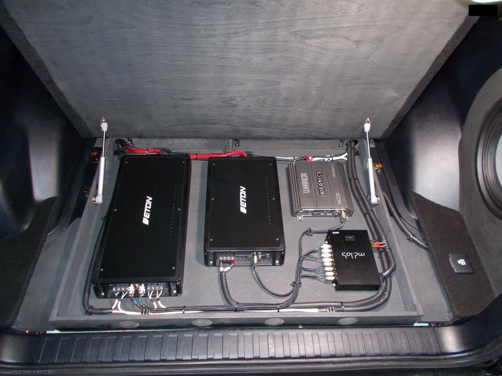 Установленное оборудование в багажнике Toyota prado 150 2015 Выерхняя крышка фальшпола на подъемных механизмах