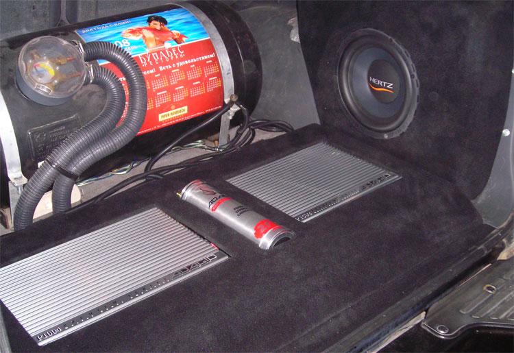 Как установить автоакустику в легковой авто своими руками 56