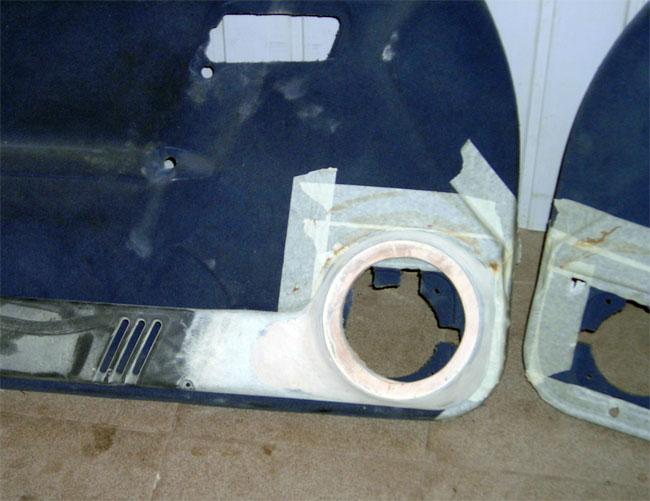 Изготовление подиумов под мидбасы Hertz HV165L.